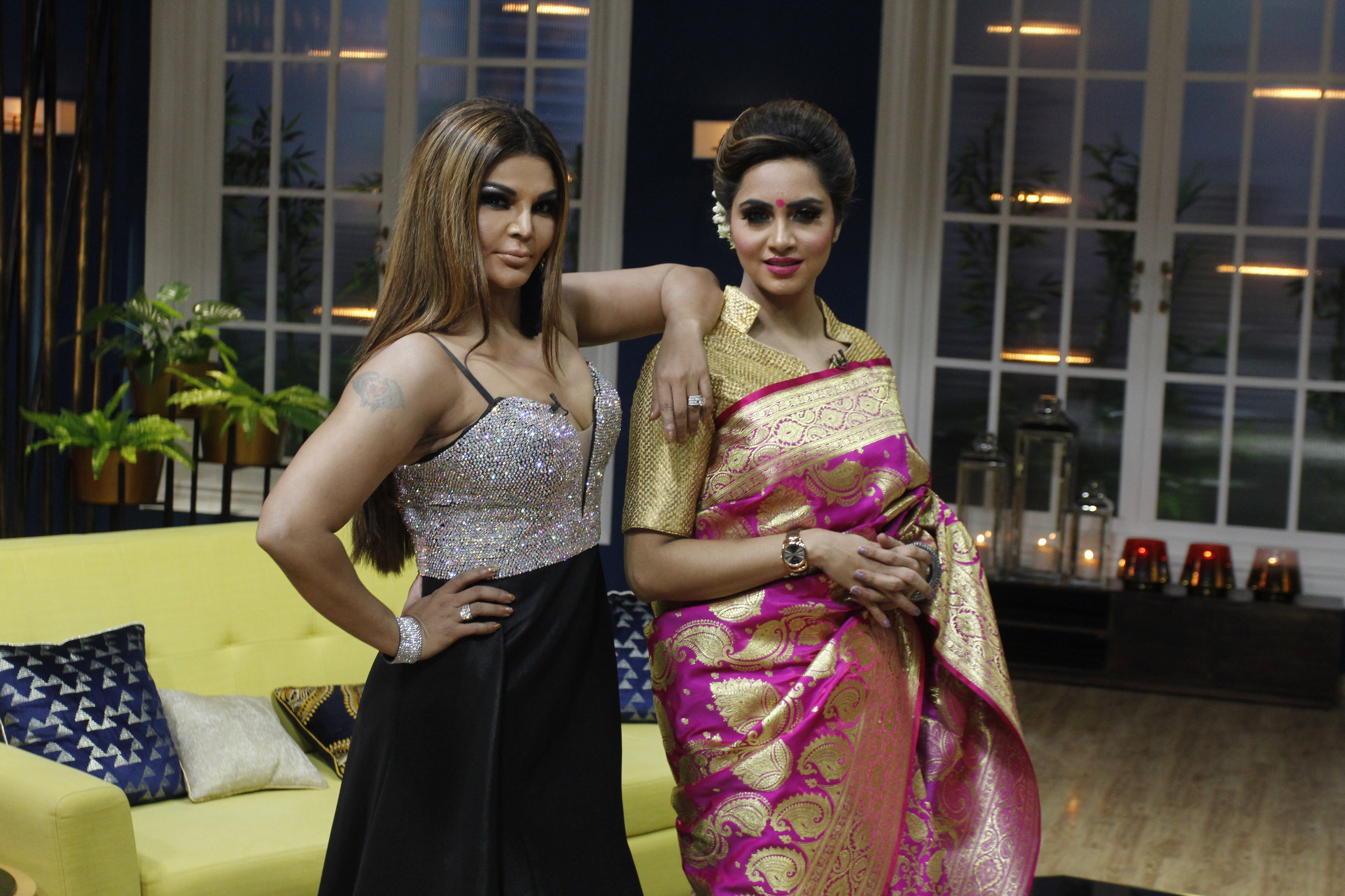 Rakhi Sawant and Arshi Khan on sets of JuzzBaatt 2